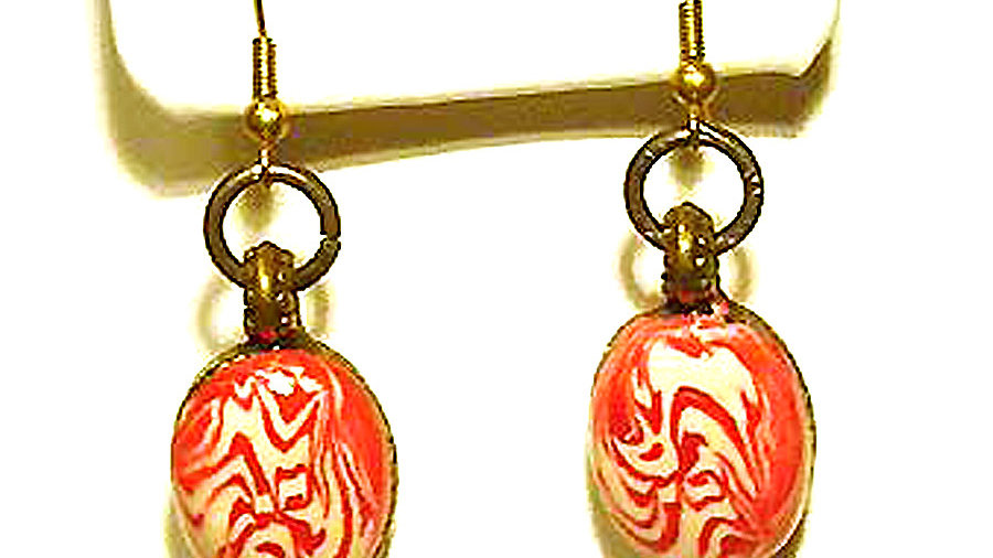 Earrings Red-white on metal plate