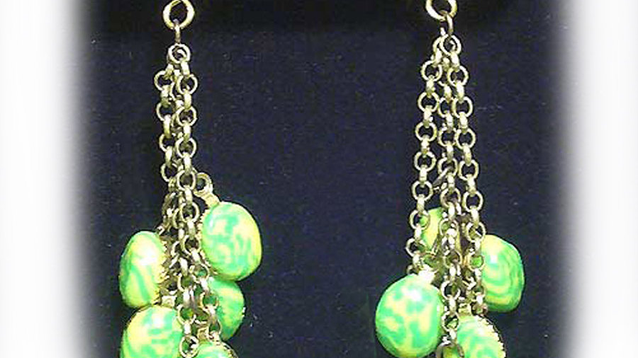 Earrings Light-green droplets