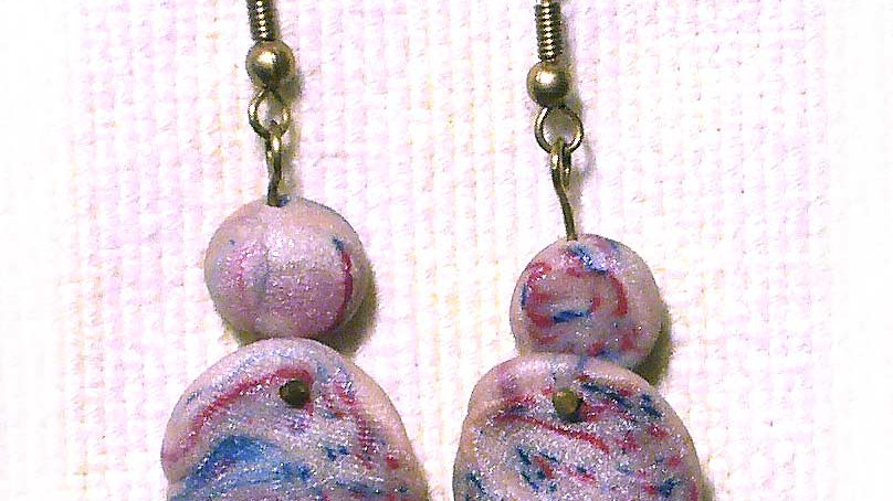 Earrings Off-white with blue-red round marble