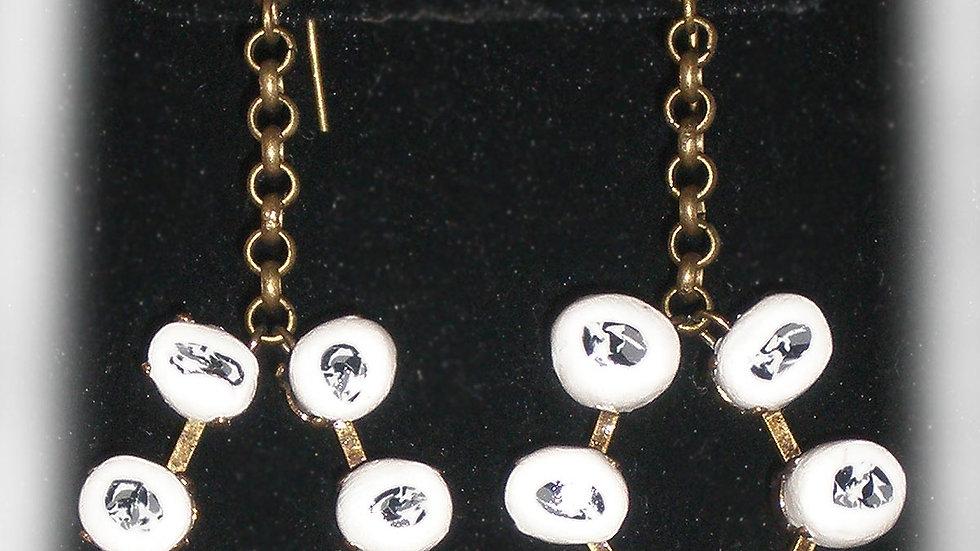 Earrings White-black beads