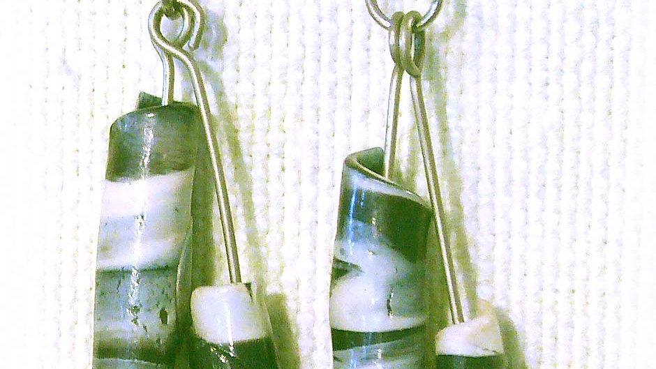 Earrings Green marble rolls