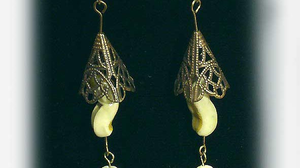 Earrings Yellow beads onf rame
