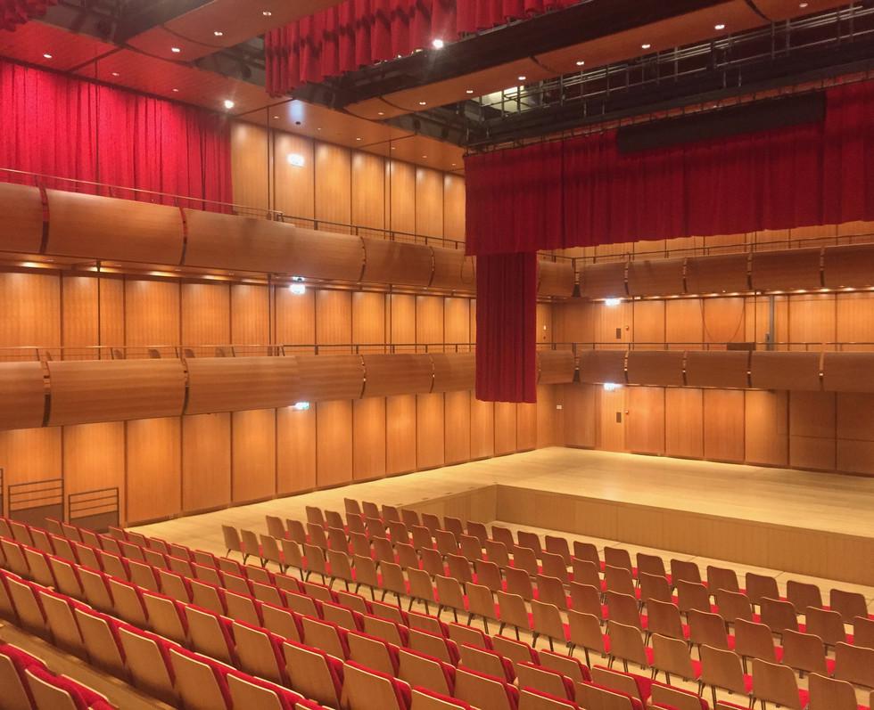 opera-house-stavros-niarcos-foundation-cultural-center-10
