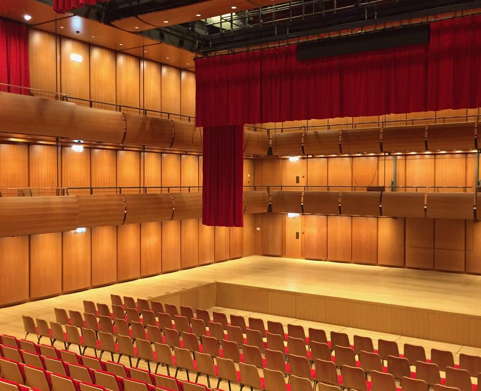opera-house-stavros-niarcos-foundation-cultural-center-11
