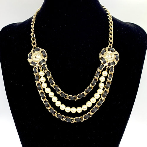 CHANEL Brand New Chunky Chain Pearl CC Leather Necklace