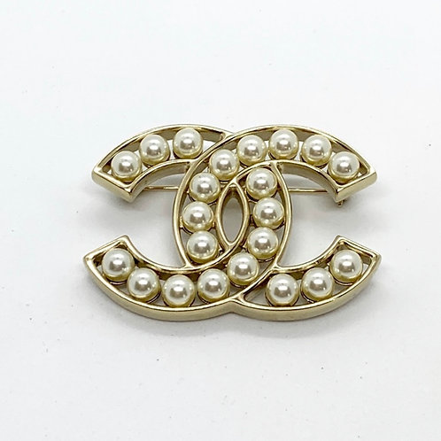 CHANEL Brand New Large Pearl Bubble Gold CC Pin Brooch