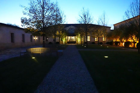 Montrose by night 1.JPG