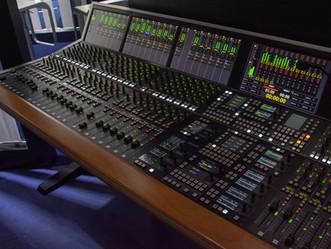 Stage Tec's Theatre Console: CRESCENDO-T