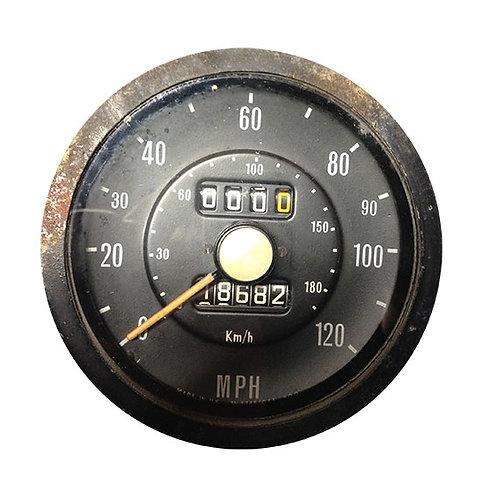 Speedometer 18682 miles