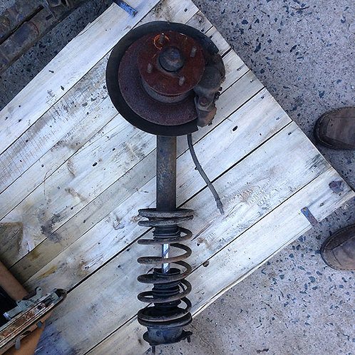 Front Strut and hub