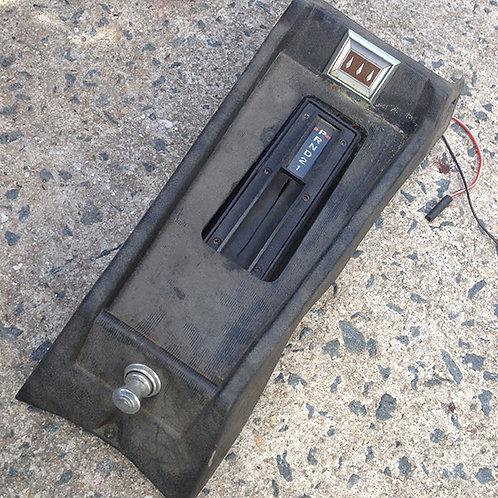 Auto console