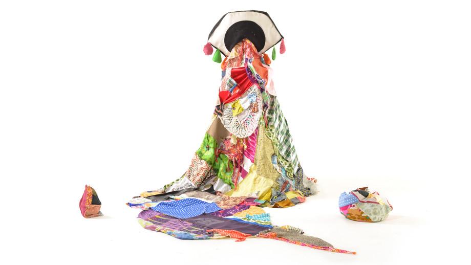 The majestic I, textile installaion, 300/170 cm, 2020