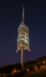 La torre de Collserola de Barcelona, de nit