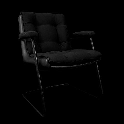Cadeira estofada preta