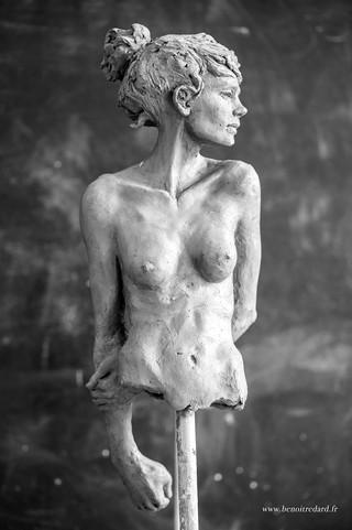 l'attente sculpture avignon benoit redard