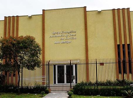 Noemia Rocha solicita travessia elevada para pedestres em frente a Assembleia de Deus CIC