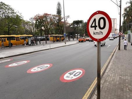 Noemia Rocha solicita faixas para redução de velocidade em rua do Alto Boqueirão