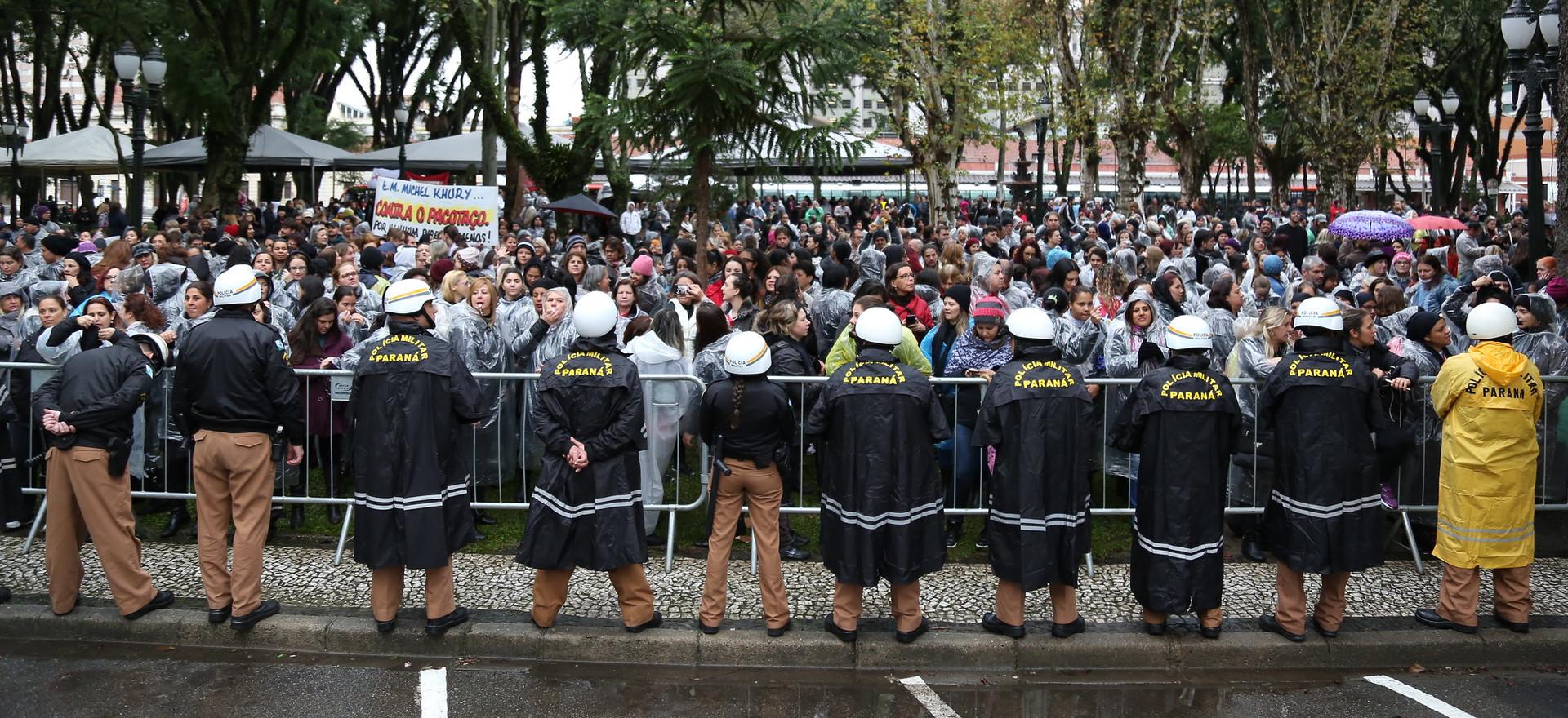 Noemia Rocha na luta pelos direitos dos servidores públicos