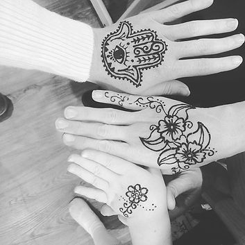 Rainy day henna and chai.jpg