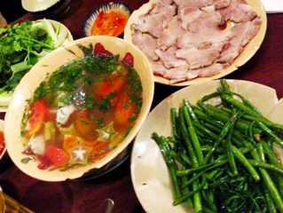 Boiled pork belly with fermented shrimps
