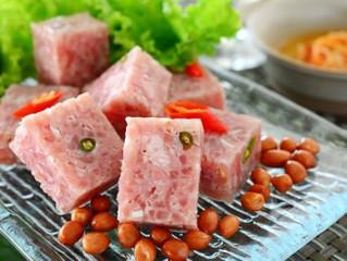 Nem Chua – Fermented Pork – tasty traditional Vietnamese dish