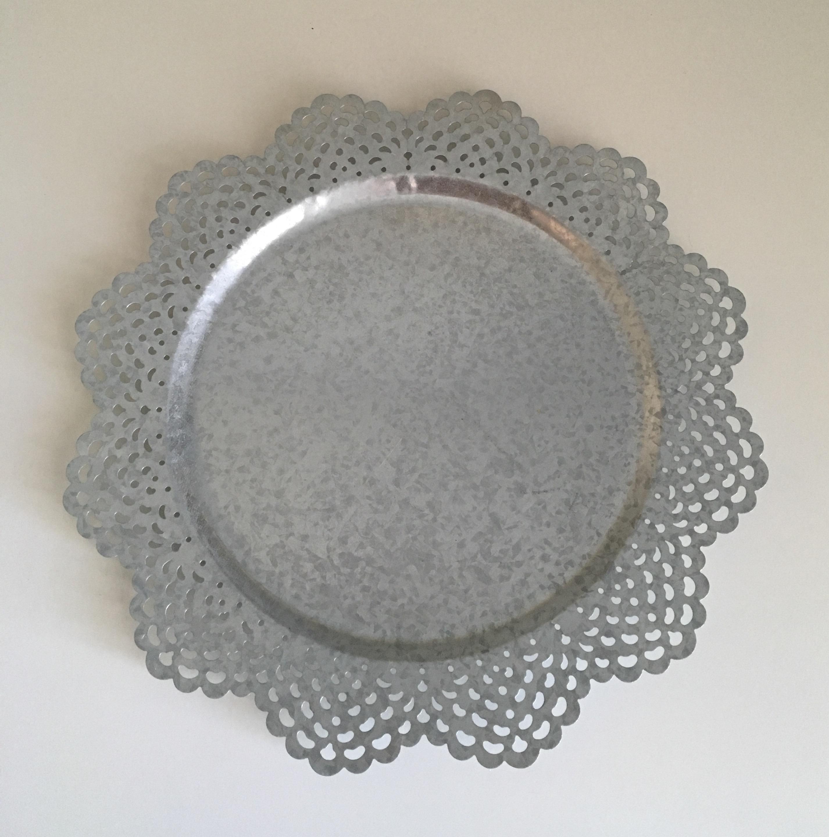 Metal Scalloped