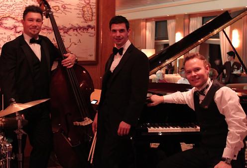 Queen Mary Jazz trio