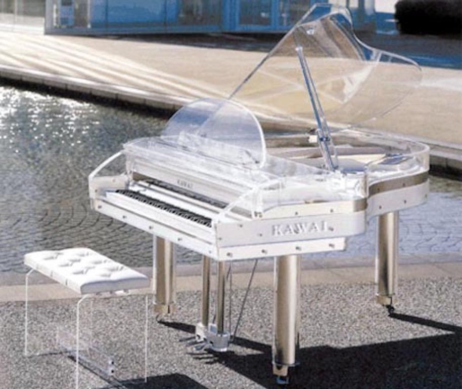 glass-piano