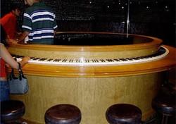 Unusual-piano (8)