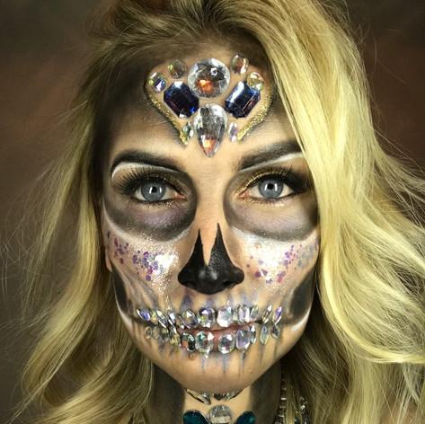 Hollie Rose – Creative Makeup ArtistHollie Rose – Creative Makeup Artist