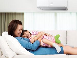 Instalação de ar condicionado com segurança para a família ou clientes