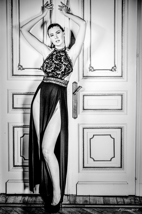 Photographer: Pascal Yennis Model: Olga Maria Kaminska