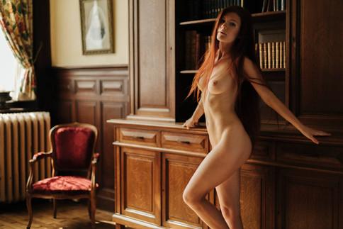 Photographer: Serge Massart, Model: Mia Sollis