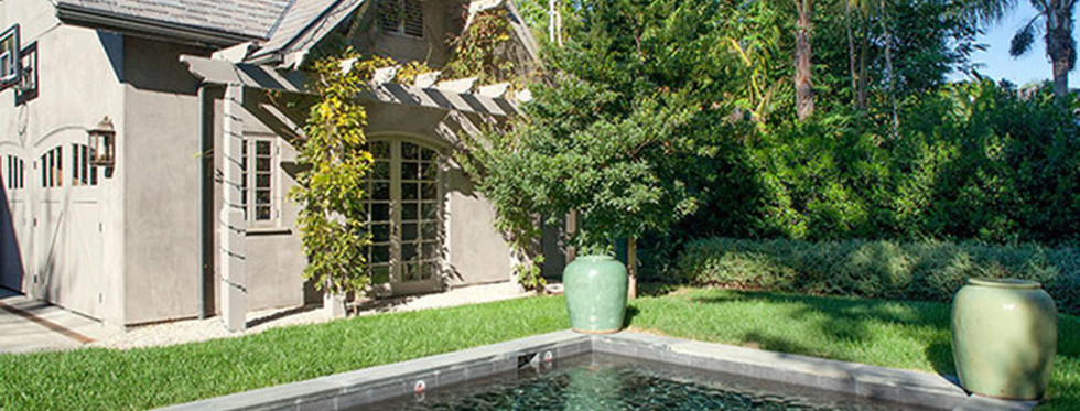 Joe-Jonas-House-Pool.jpg