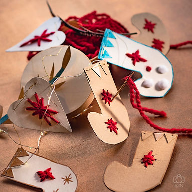 La guirlande de Noël à broder