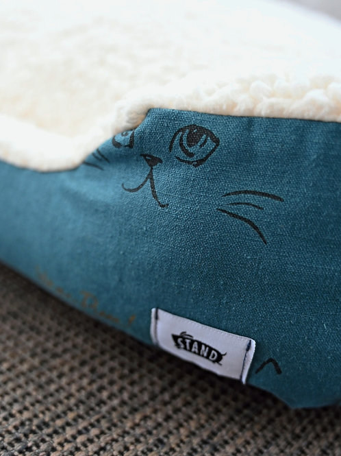 Meow Nest Cat Bed