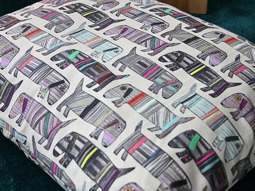 Lounge Style Dog Bed