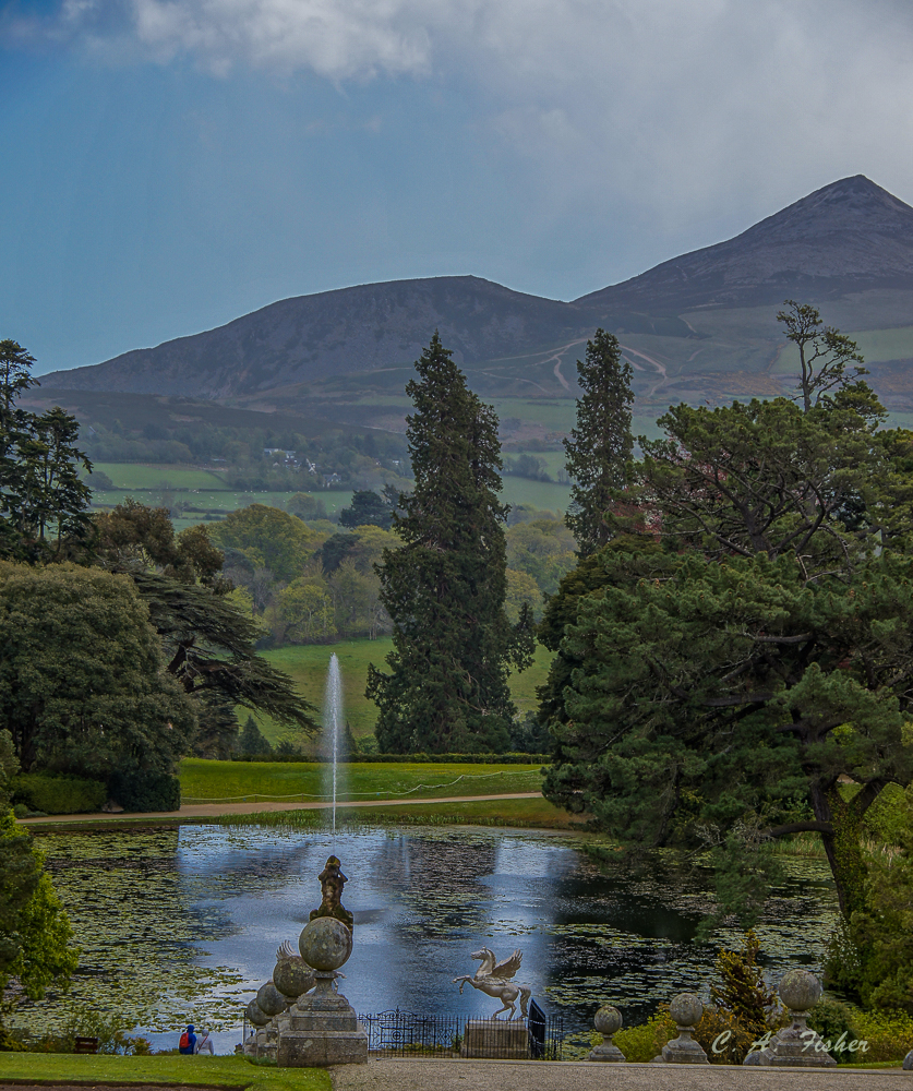 Lake, Fountain and Great Sugarloaf