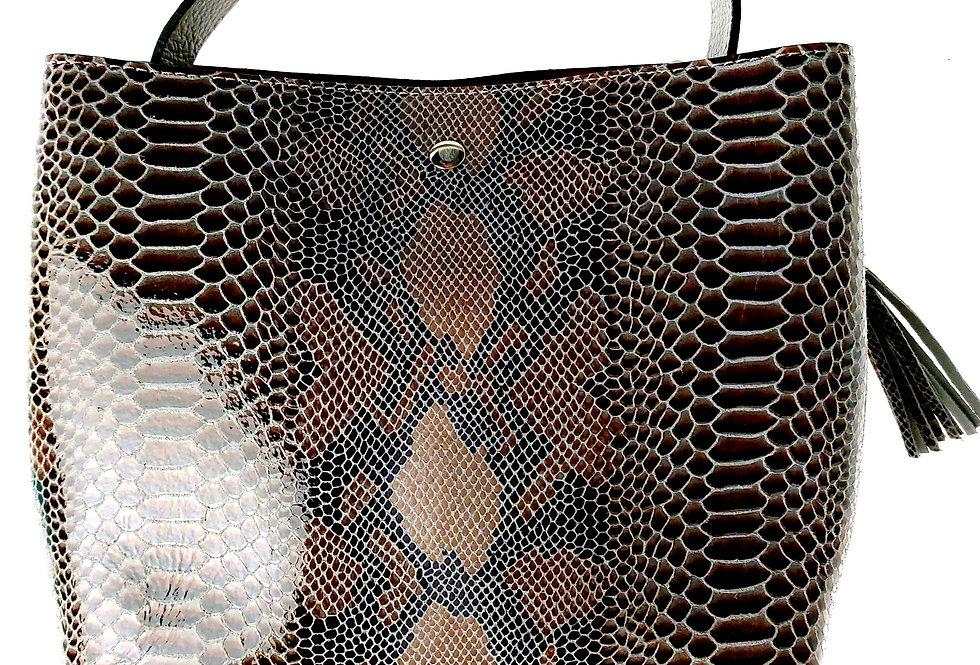 Elegancka mniejsza torebka skórzana VEZZE z organizerem beżowa