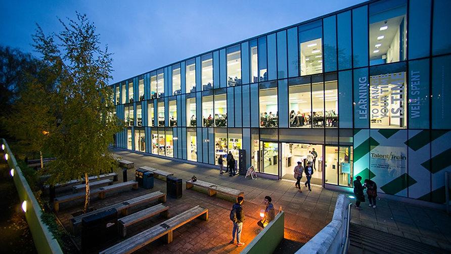kingston-university-10003678-universitie