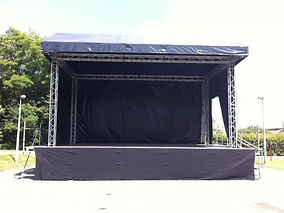 photo4-location-podium-scene-scene-de-co