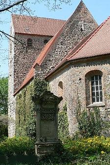 Kirche_Sandersdorf_II.jpg