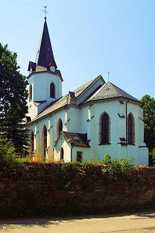 Kirche_Möschlitz_II_edited.jpg