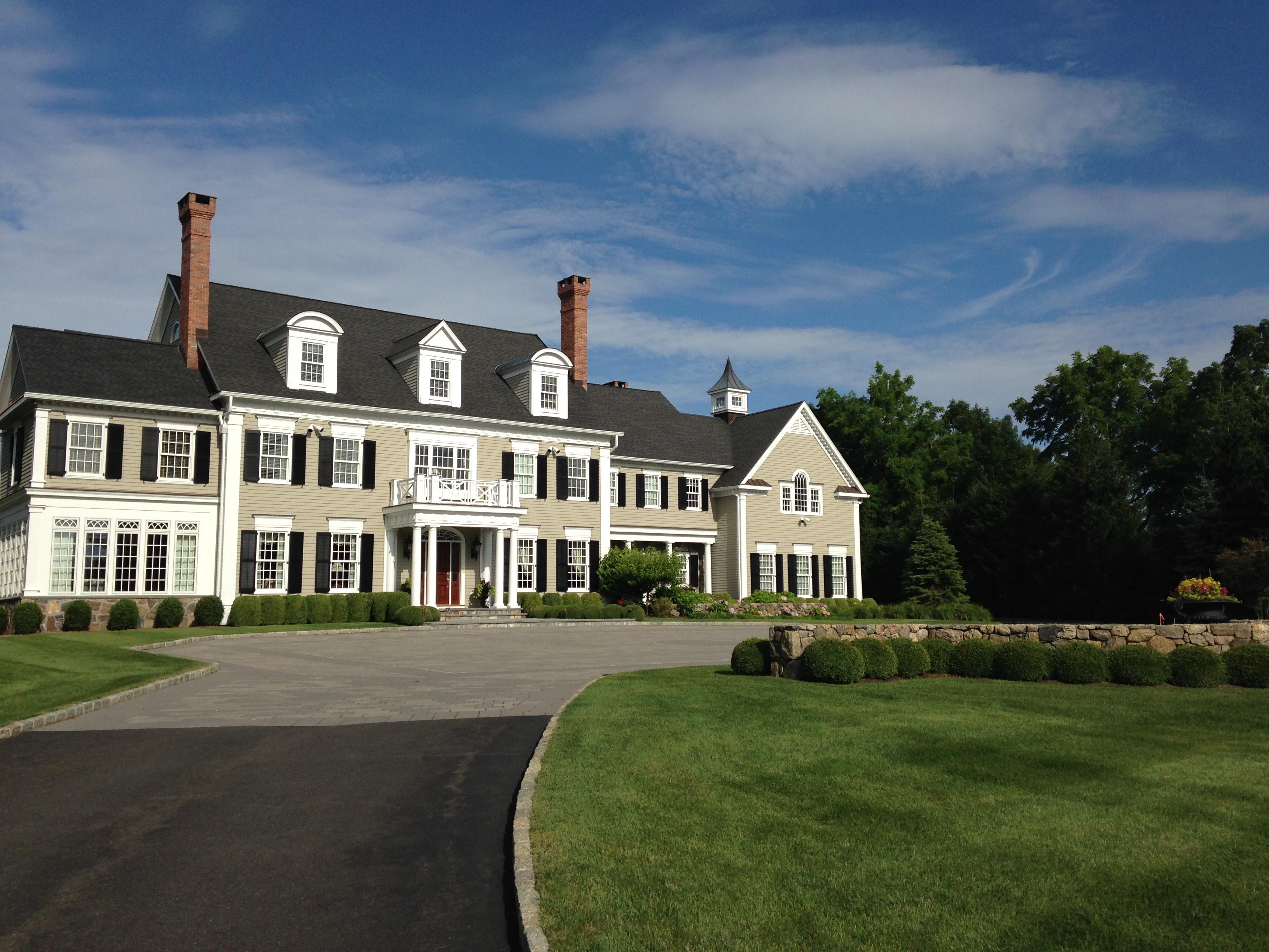 Hilltop Federal Colonial