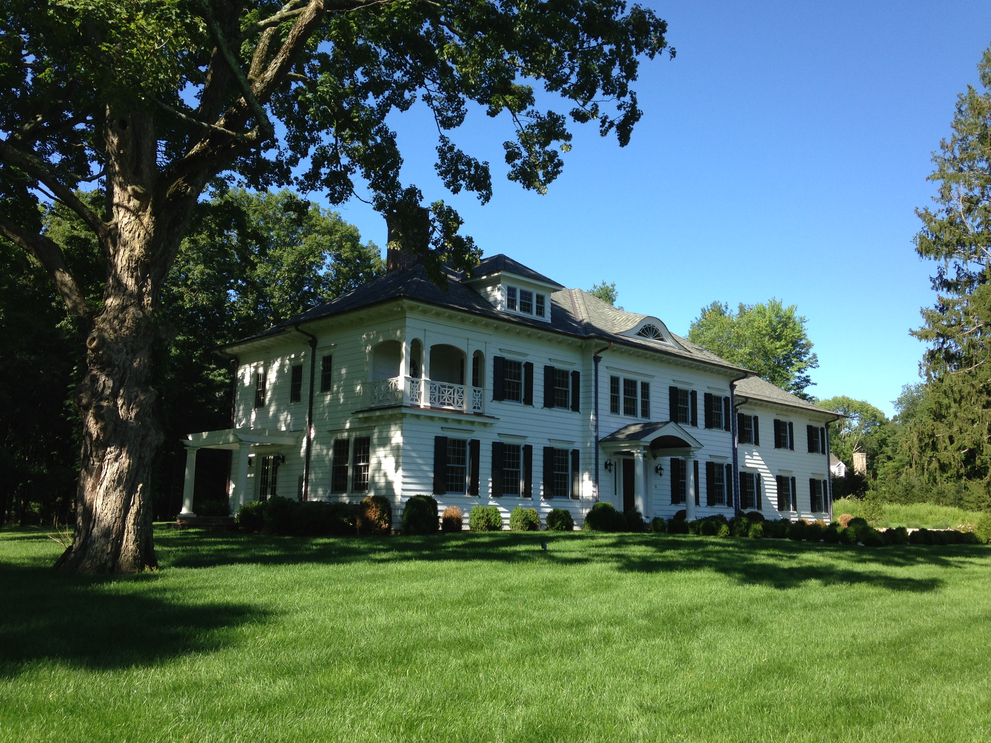 New Canaan Colonial Revival