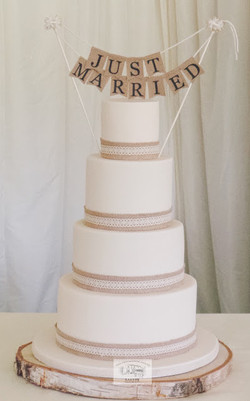 Pure and Simple Wedding Cake