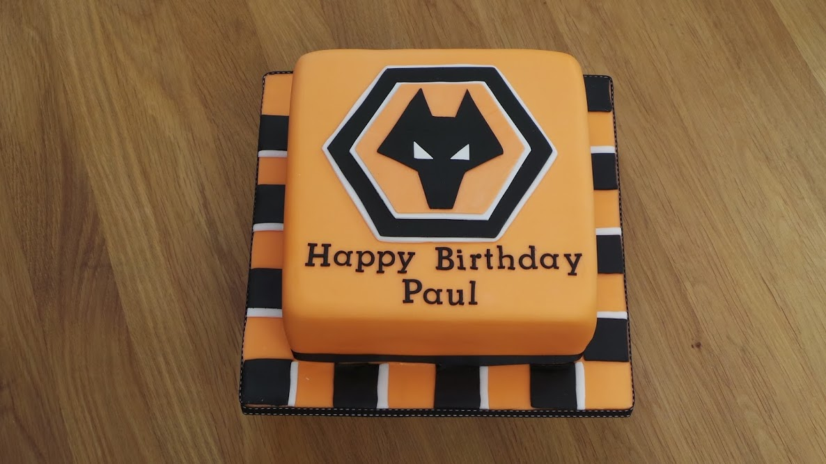 wolves birthday cake