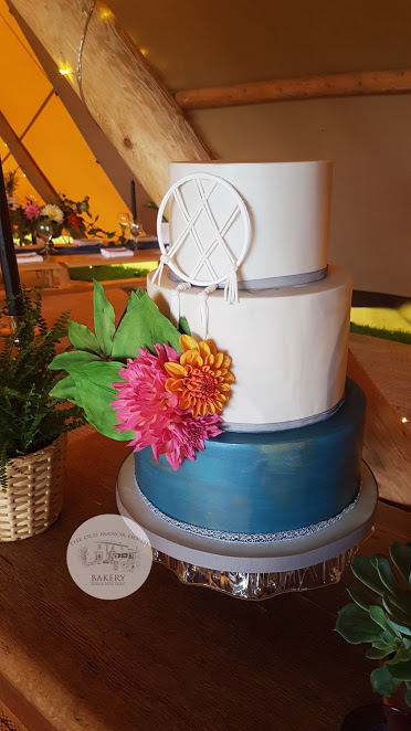 Dream Catcher Wedding Cake