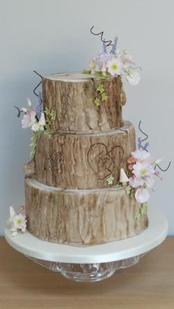 Log effect Wedding cake