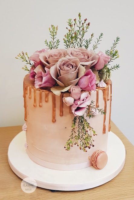 Ladies Drip Cake with roses